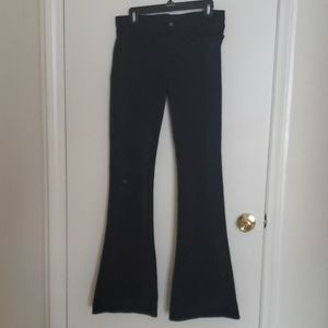 J Brand Martini Cut / Size 28 / Black